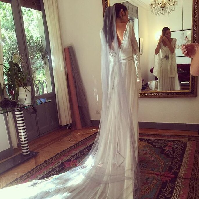 Unique Bridal Looks Colored Wedding Veils