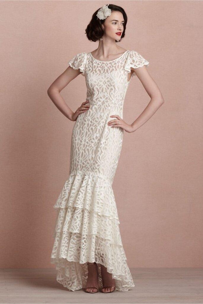 Vestido de novia 2014 en color blanco con mangas cortas y texturas de encaje - Foto BHLDN