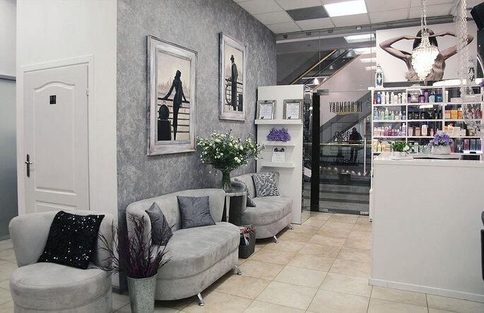 Salon In Harmony