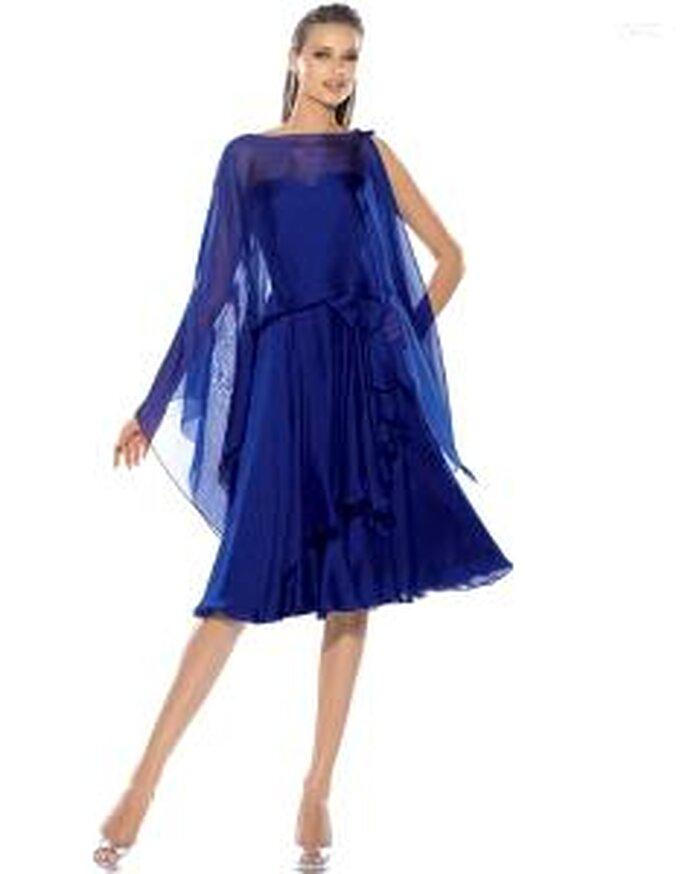 Pronovias Cóctel 2010 - Aroma, vestido corto azul con abrigo en tul a juego