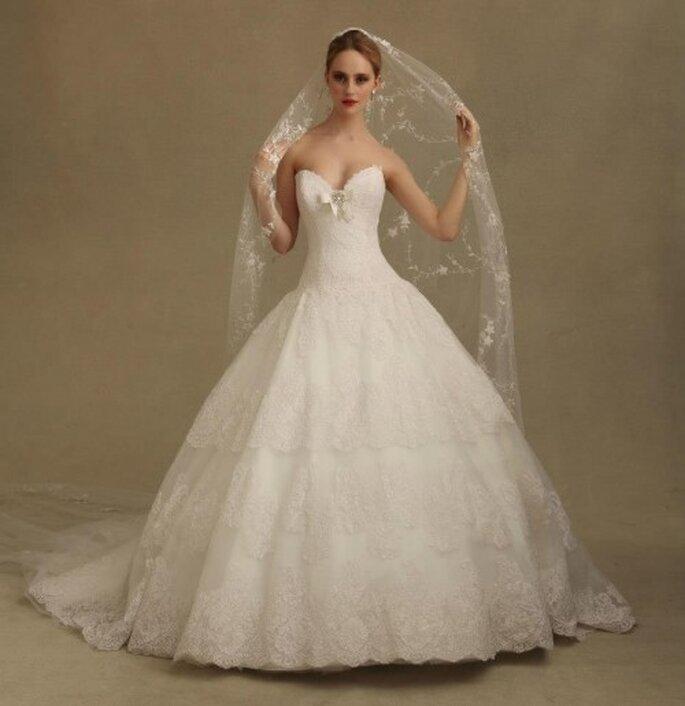 Tips para saber cómo elegir el velo ideal de acuerdo con tu tipo de vestido - Foto Eve of Milady & Amalia Carrara