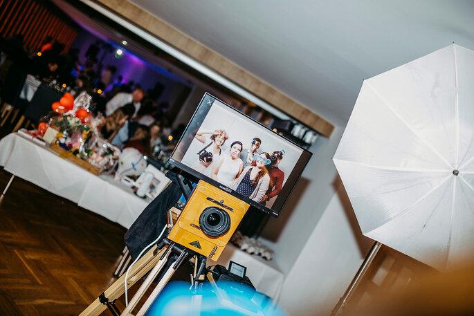 Die Fotobox bei der Hochzeit von Marina & Tim, Foto von Hüttner Fotografie.