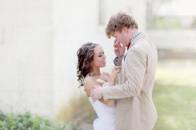 Este tipo de reportajes permite que los novios se relajen. Foto: Simply Bloom Photography.