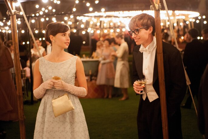Courtesy: The Theory of Everything: Eddie Redmayne and Felicity Jones