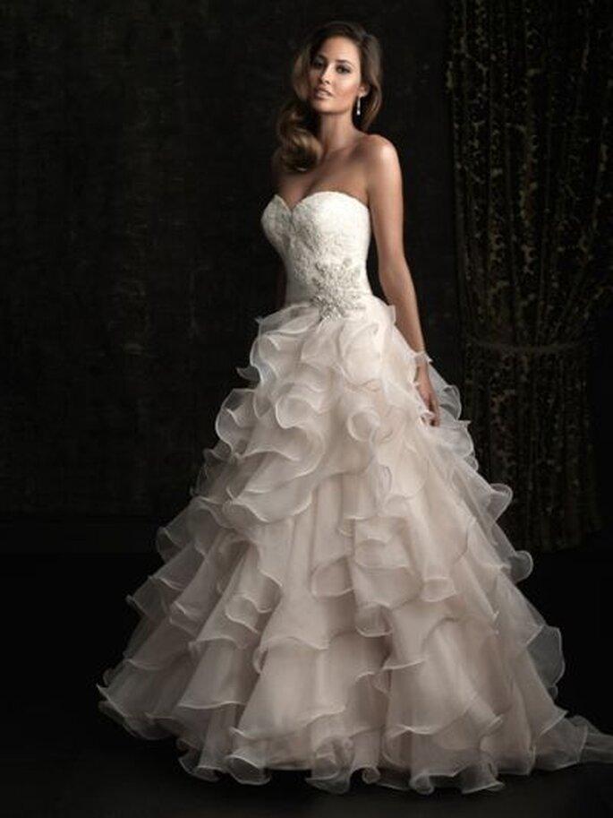 Allure Bridals Brautkleidkollektion 2013 - Brautkleid 8955