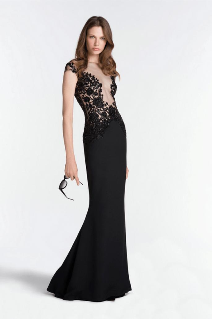 Vestido de fiesta 2014 en color negro con detalle nude al frente y mangas cortas - Foto Reem Acra