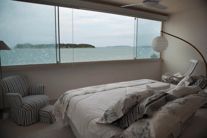 quarto com vista para o mar em Búzios