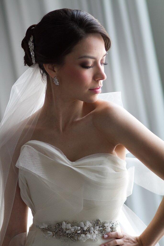 Un vestido ideal para la novia con estilo femenino - Foto Pepe Orellana