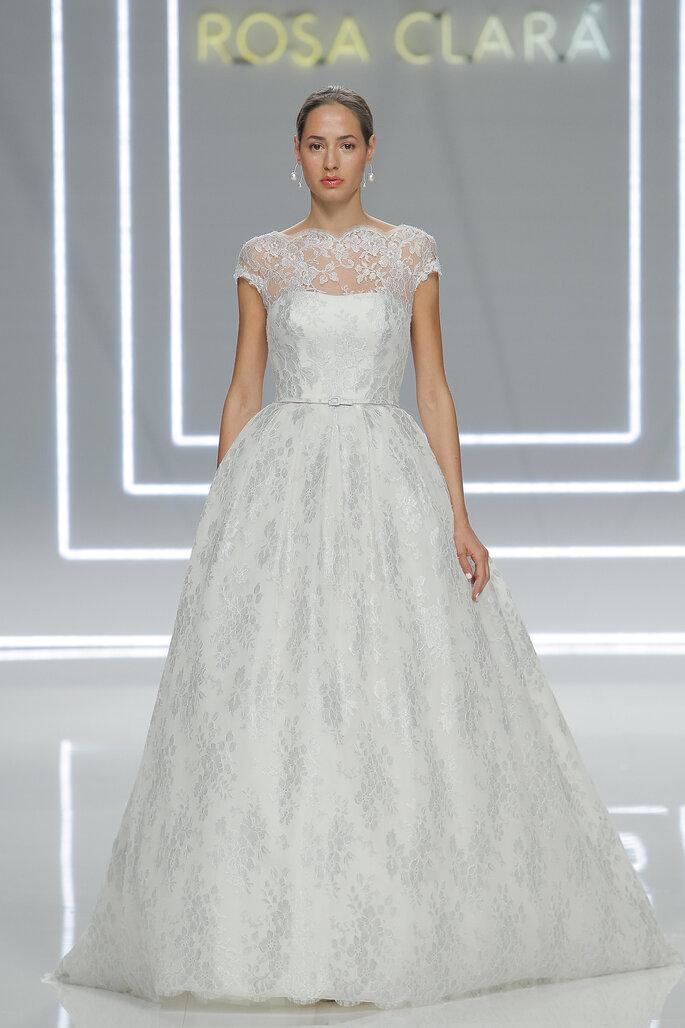 Robes de mariée 2017  Les plus belles tendances de la saison fddeb57c02e