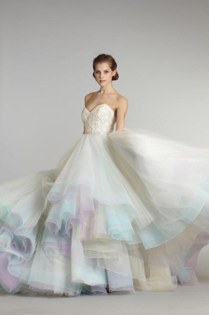 Les robes de mari e tie and dye une tendance pleine de for Robes de noce ann taylor