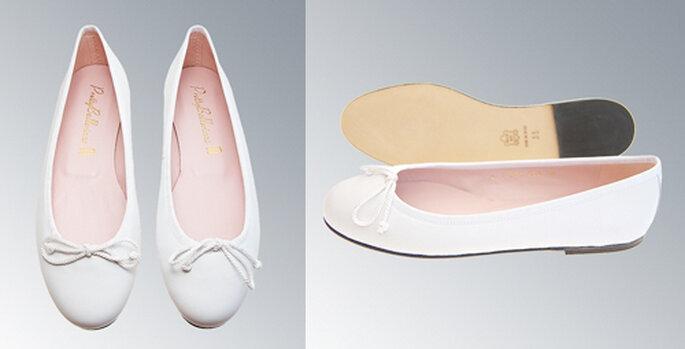 4 Flach und bequem: Weiße Ballerinas von Pretty Ballerinas.
