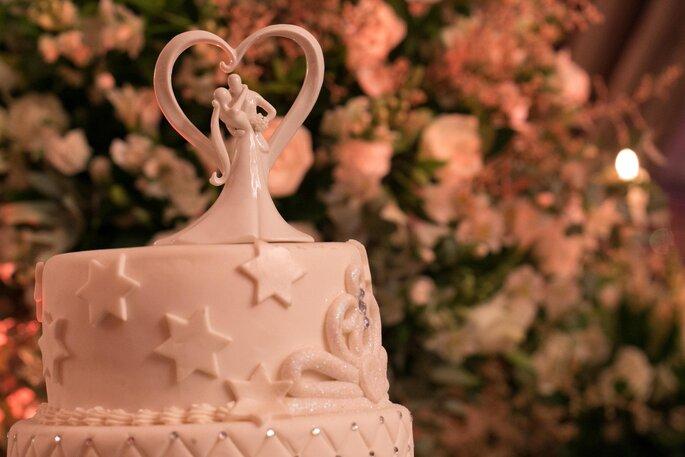 Topo do bolo de cerâmica