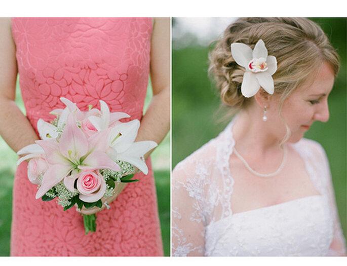 Los colores temáticos pueden aparecer en prácticamente todos los detalles de tu boda. Foto de Amy Majors