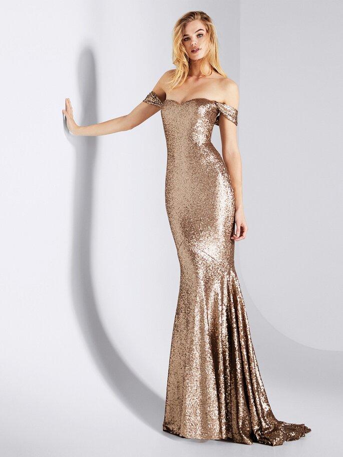Estás Invitada A Una Boda Brilla Con Un Vestido Dorado