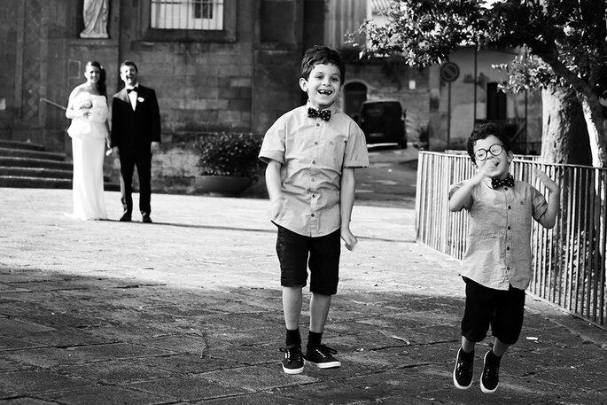Pajens usando gravatas borboletas iguais - Foto: Damiano Errico