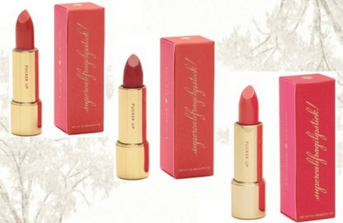 Lipsticks en colores rosados y rojizos para el maquillaje de la esposa - Foto Lipsticks de Kate Spade