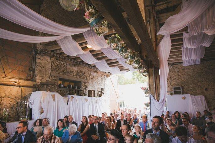 décoration grange cérémonie laïque- mariage champêtre dans l'Eure-et-Loir