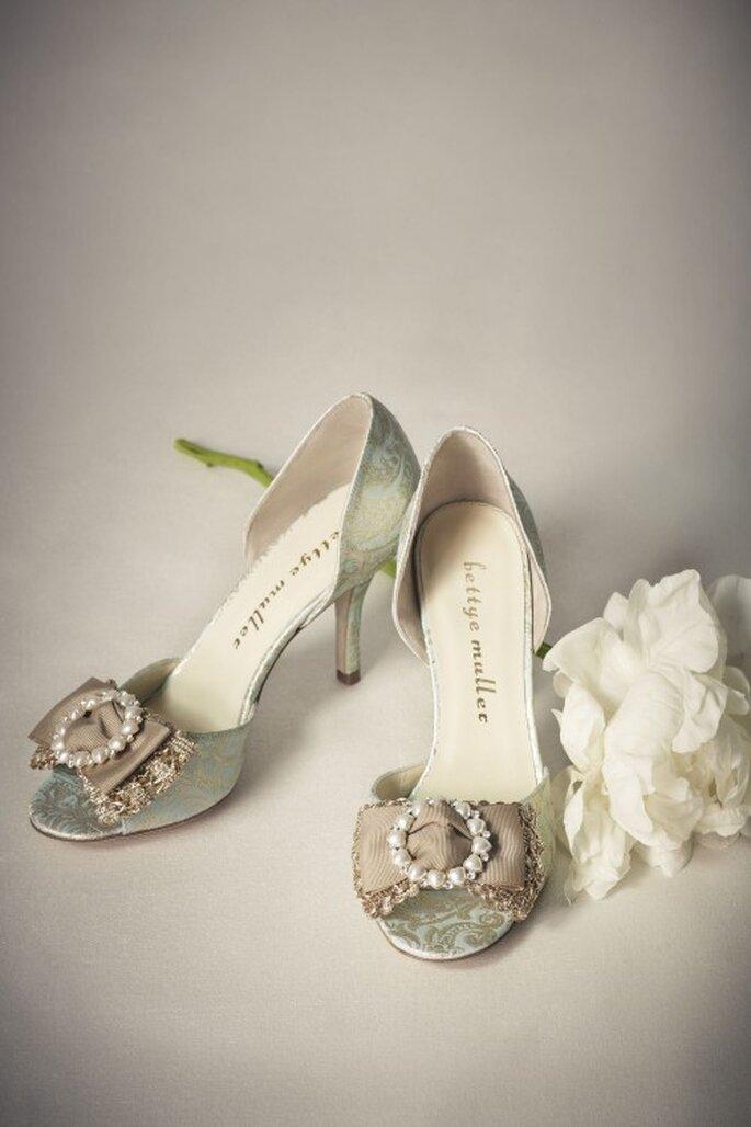 Schillernde Schuhe wie Cinderella – Foto: bhldn.com