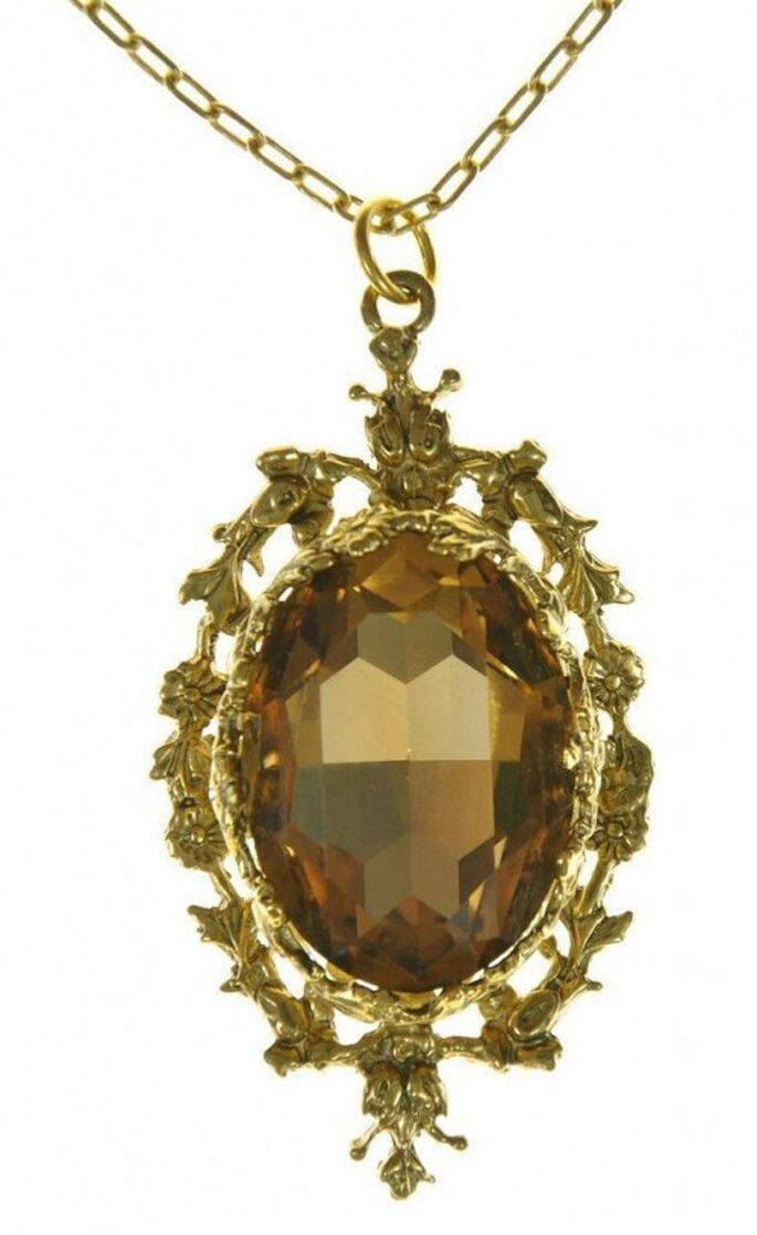Collar dorado para novia inspirado en Blanca Nieves - Foto Virgins Saints & Angels