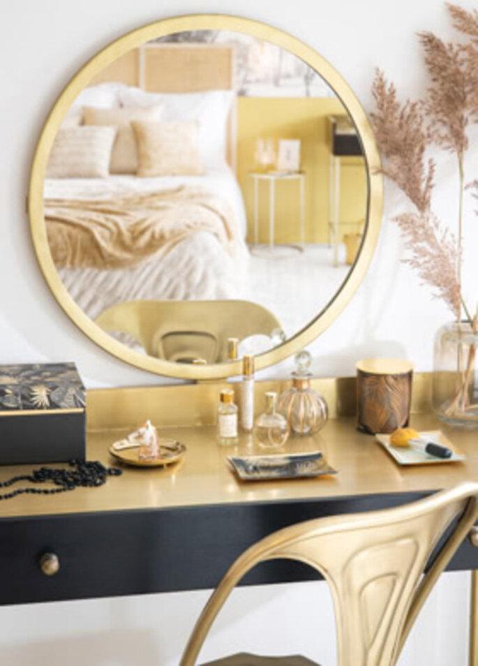 Decoración de casa en dorado