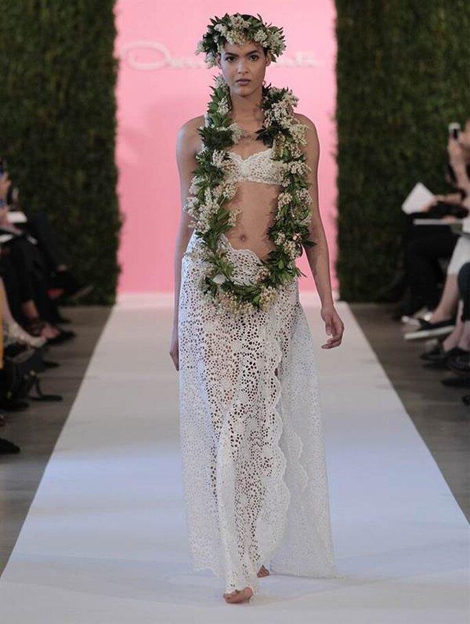 Vestido de novia para un look natural de Oscar de la Renta - Colección Primavera 2015. Foto: www.oscardelarenta.com