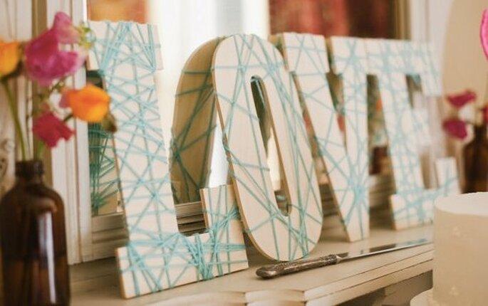 Azul polveado como color complementario en la decoración de tu boda - Foto Pictilio