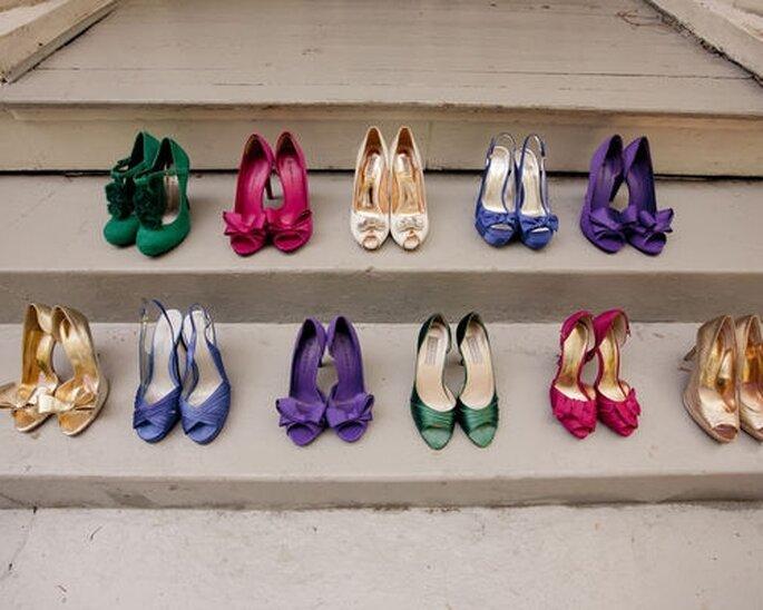 Zapatos de novia de colores. Stylemepretty.com