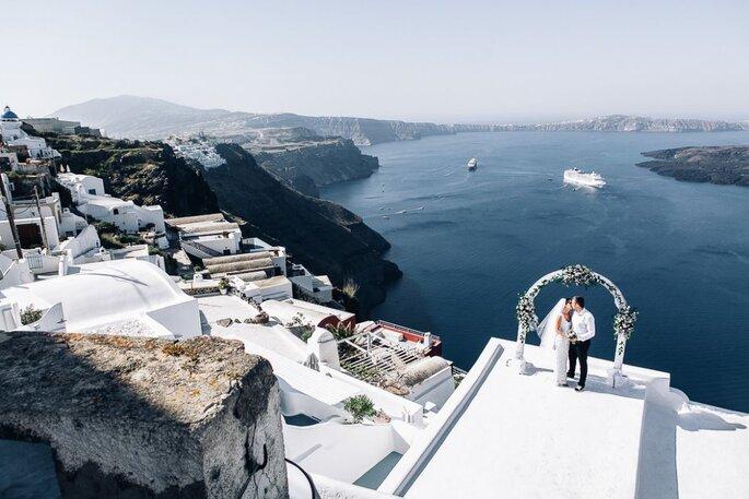 Свадебные фотографы Анна Столярова и Гриша Карпов
