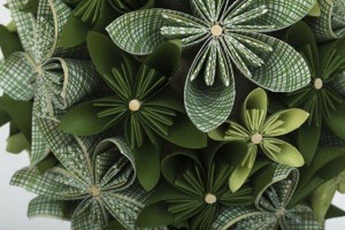 Brautstrauss aus Papierblumen