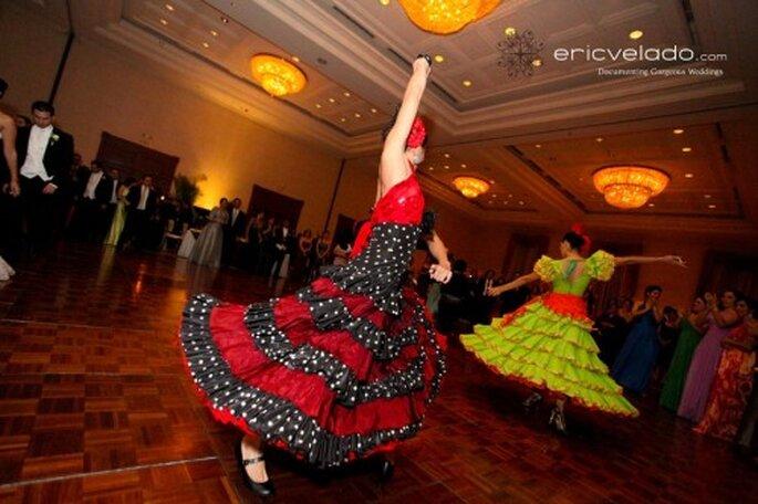 Espectáculo durante el banquete de boda. Foto Eric Velado