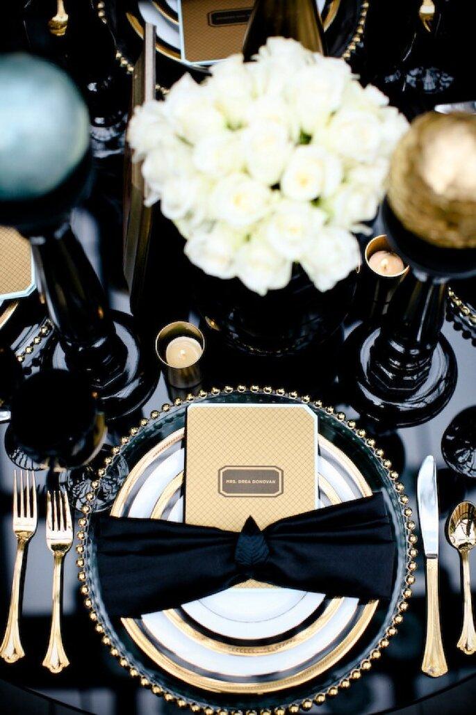 Montajes de boda para el banquete en black and glam - Foto Aruna B Photography