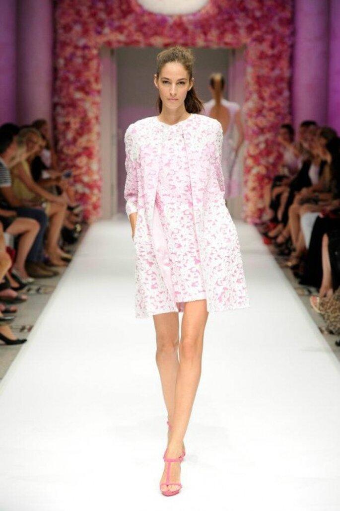 Vestido de fiesta corto en color rosa pastel - Foto Basler
