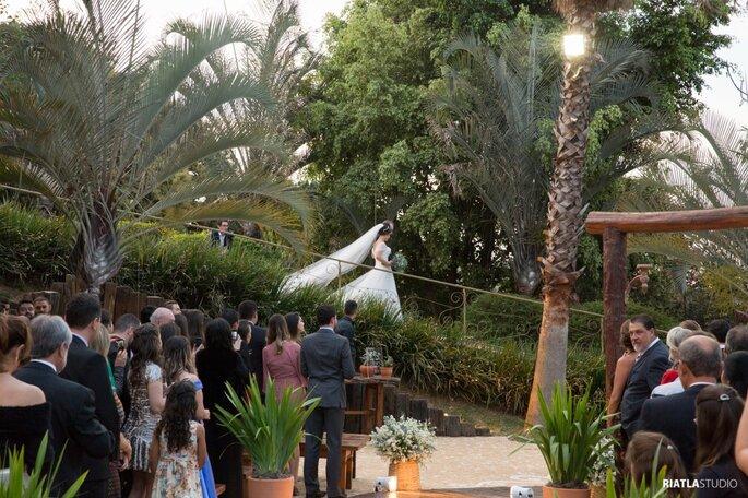Local da cerimônia e da festa: Madero Eventos - Foto: Riatla Studio