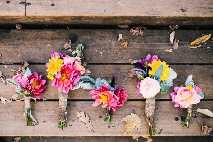 Puedes elegir todo tipo de tamaños, colores y formas para que tu novio y los padrinos luzcan guapísimos - Foto Ken Kienow Wedding Photography