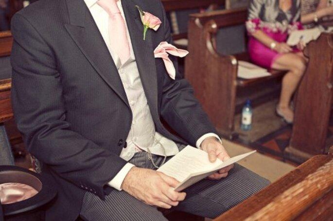 El boutonniere le dará ese toque elegante a tu look - Foto Cotton Candy Weddings