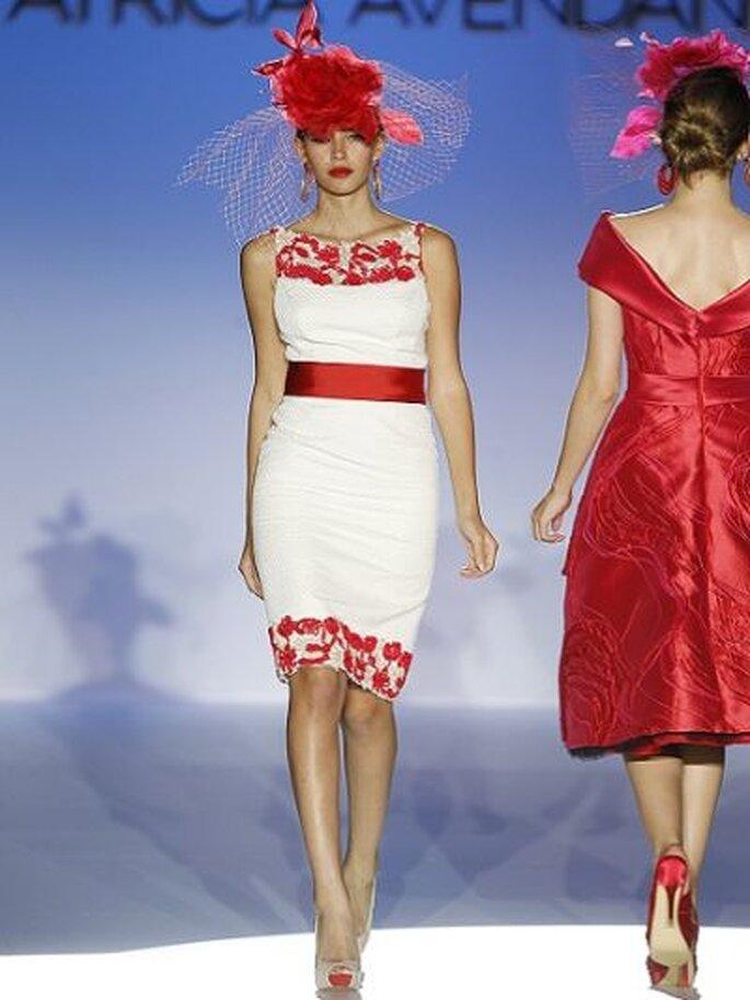 Mut zur Farbe! kurzes Brautkleid von PatriciaAvendaño - Foto Ugo Camera