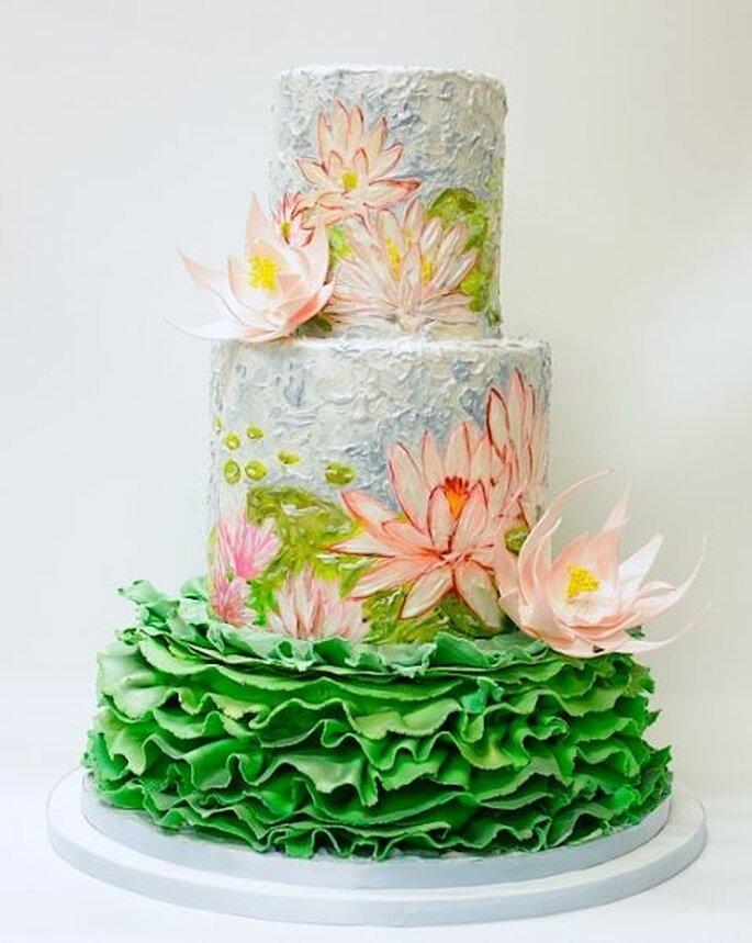 Amate le ninfee di Monet? Ecco la wedding cake perfetta per voi! Foto: Cake Studio Doha