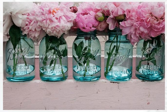 Decoración de boda con tarros de cristal - Foto Vintage Affair