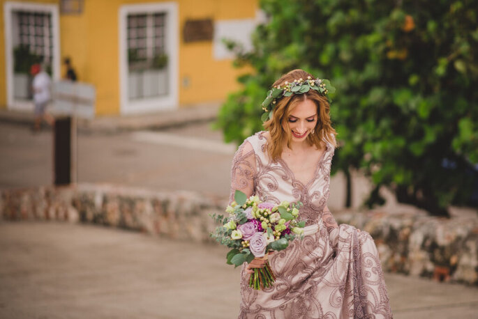 Coral Bodas by Elope to Cartagena wedding planner