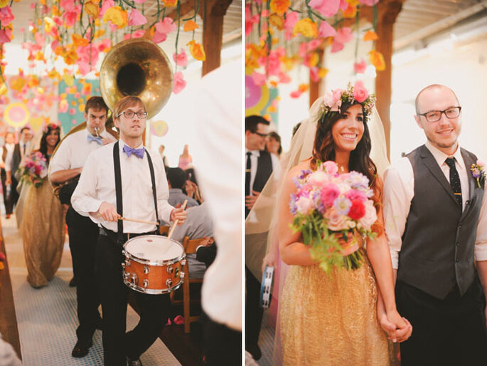 Real Wedding: Un festival de color inspirado en los años 70 - Foto June Bug Company