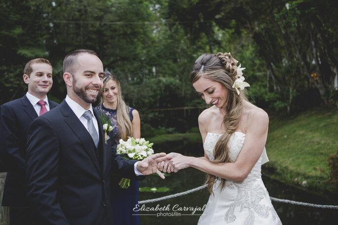 Elizabeth Carvajal & Alejandro Mejía - Photo