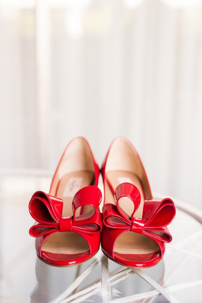 Zapatos de novia en lindos colores - Candice Benjamin Photography