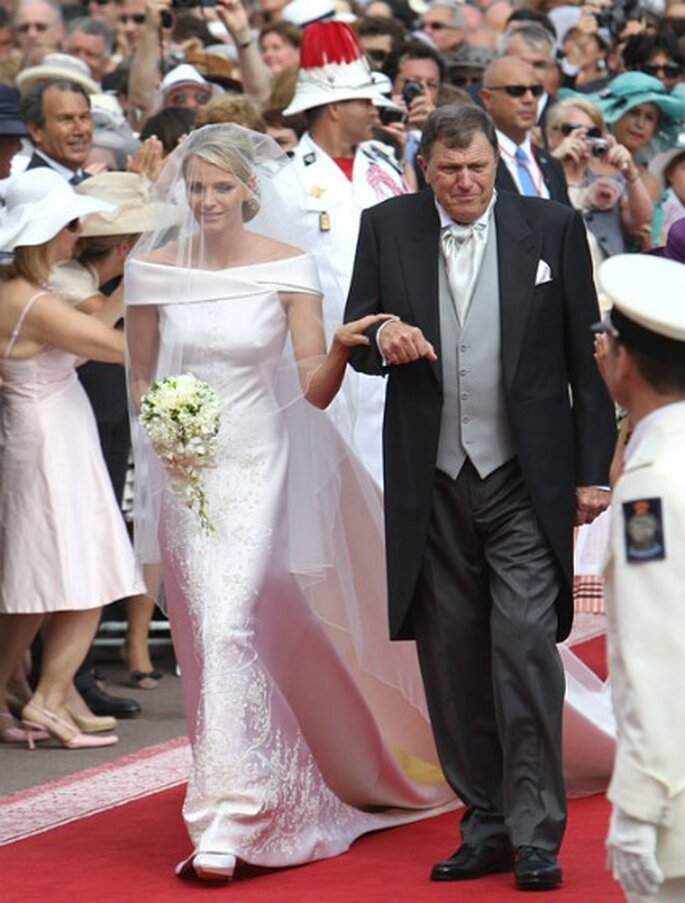 Vestido de novia de Charlene diseñado por Armani - Hola