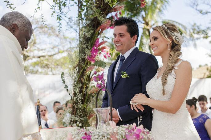 Trança para noiva em casamento na praia