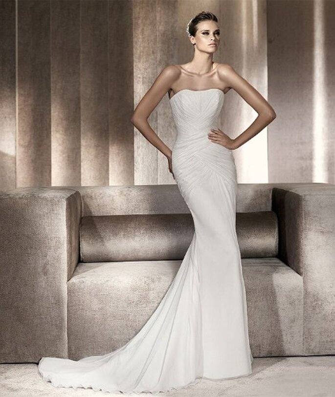 Pronovias Pre-Collezione 2012 Fashion Mod. Paraje