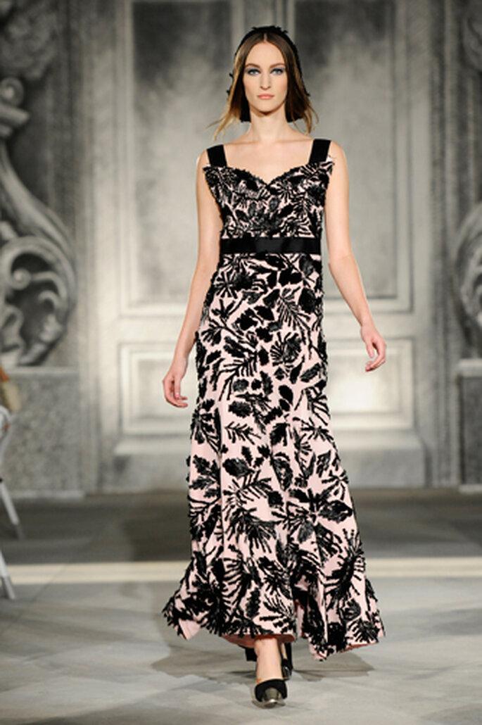Aber auch Kleider können bei einer Hochzeit im Herbst getragen werden – Foto: Chanel Otoño Invierno 2013