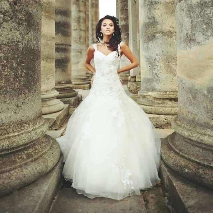d8094c1cd Victoria Regio  Compra y vende el vestido de novia perfecto en este ...