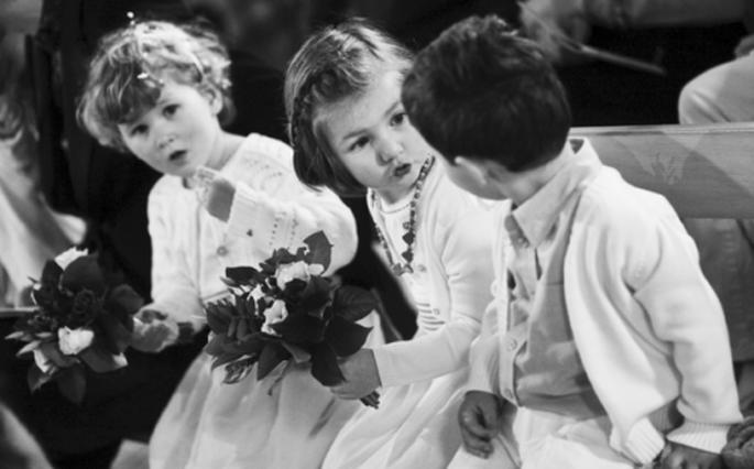 Pour s'occuper des enfants, faites appel à une baby sitter - (C) Frédéric Chazal