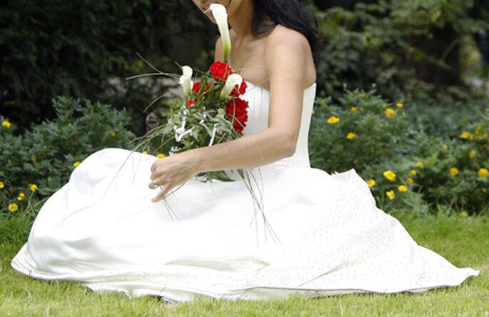 Le bouquet doit s'accorder au style de la robe de la mariée