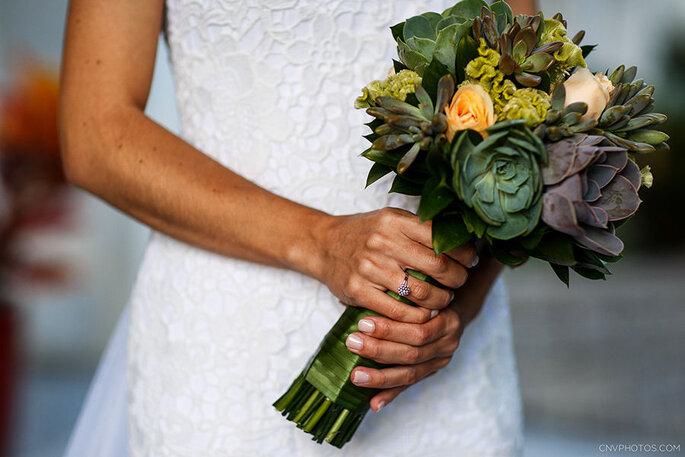 Buquê de noiva com suculentas
